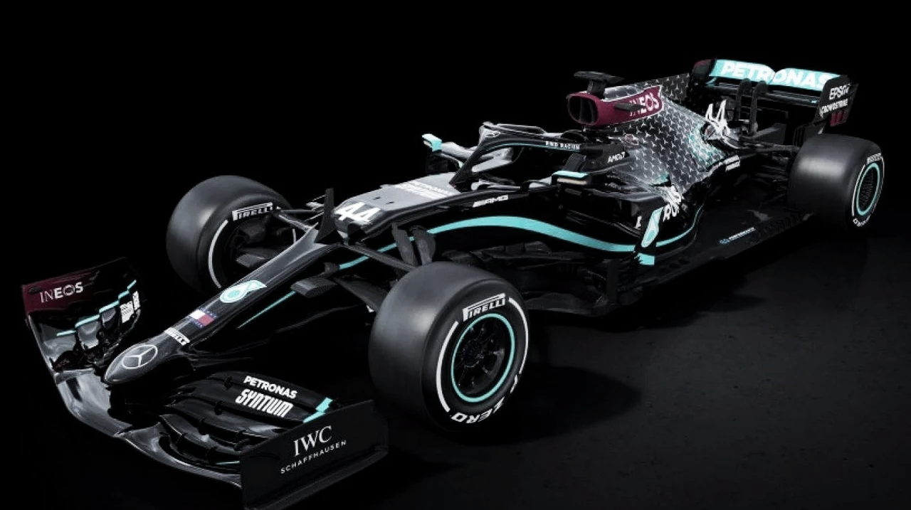 Llegó la hora del W11 Black Arrow
