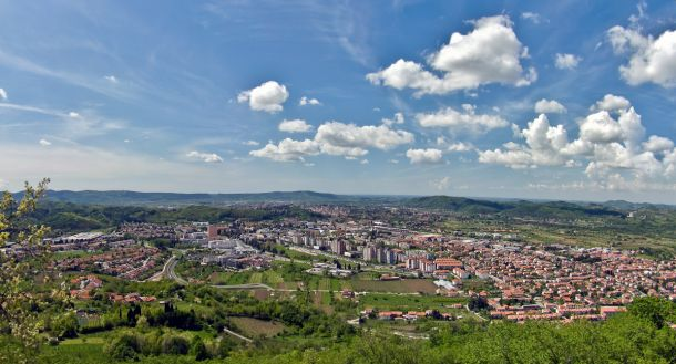 Gorizia e Nova Gorica, un muro che ha diviso tutto. Anche il calcio