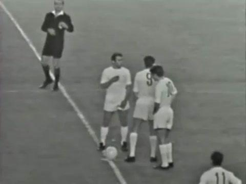 Serial Real Madrid - Manchester United: 1967/68, un increíble Betancort evitó la debacle en Old Trafford