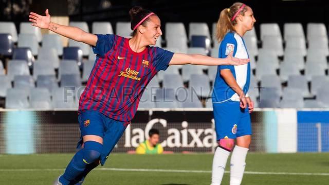 Recital del FC Barcelona en el derbi catalán