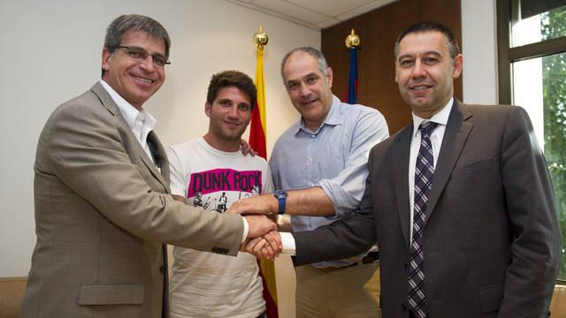 Carles Planas renueva con el Barcelona hasta 2014