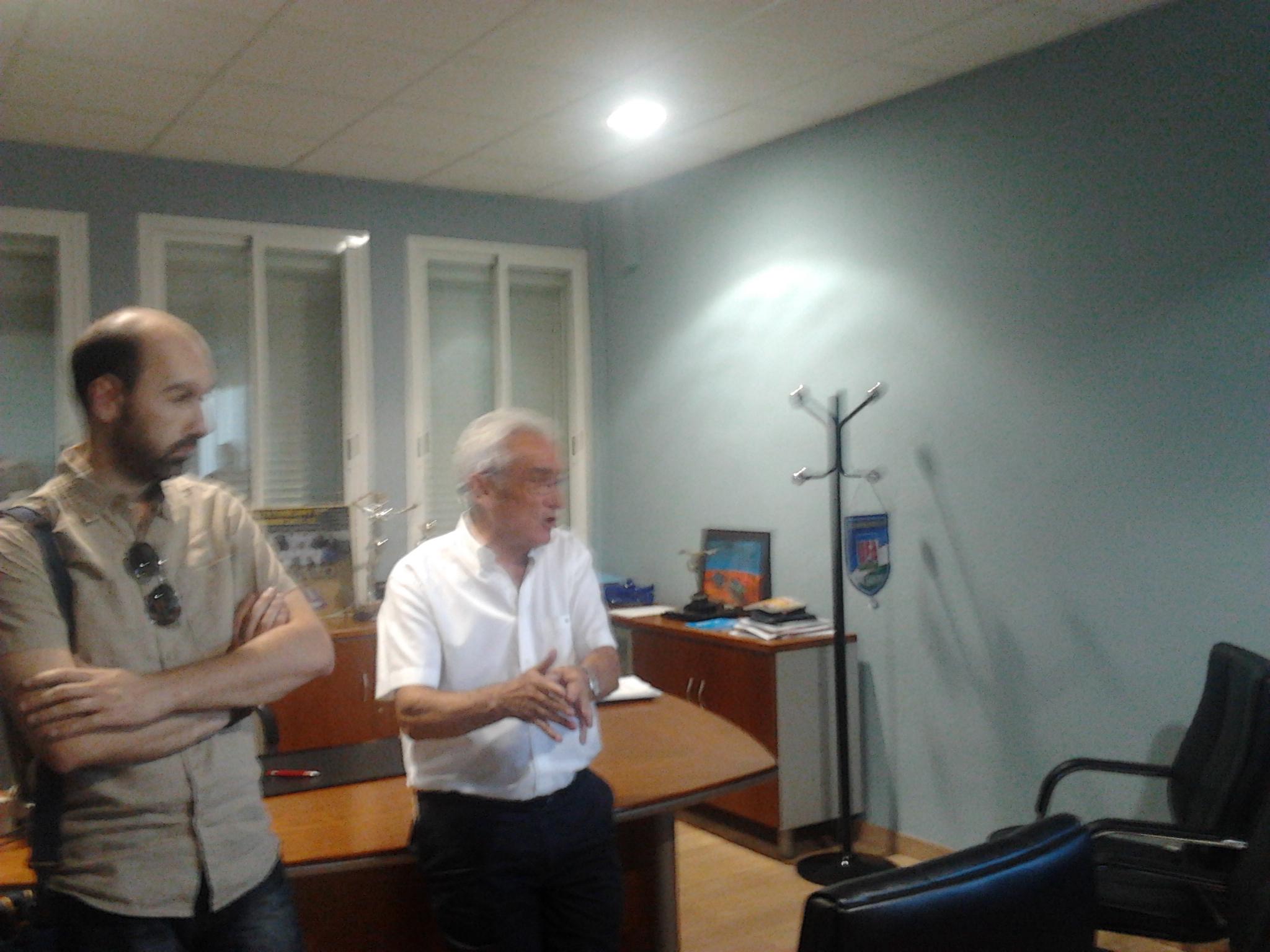 Carnicer da una larga rueda de prensa para explicar los motivos de la inscripción en Segunda