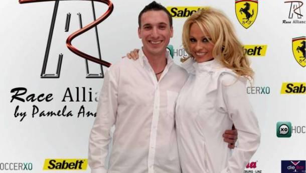 FIA GT : Pamela Anderson investit Race Alliance