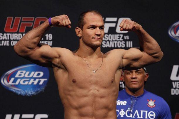 Junior Dos Santos Outlasts Stipe Miocic In Instant Classic 'UFC on Fox 13' Main Card Recap