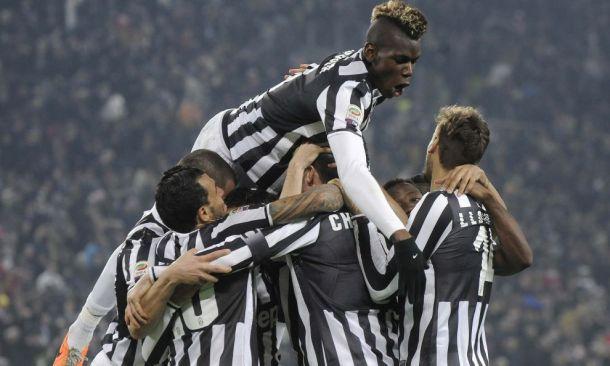 Juventus vence derby, dispara na liderança e aumenta calvário da Inter