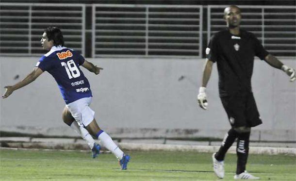 Em noite inspirada de Marcelo Moreno, Cruzeiro derrota Boa Esporte e aumenta vantagem na liderança