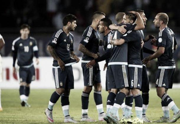 Argentina va por el liderazgo ante Jamaica