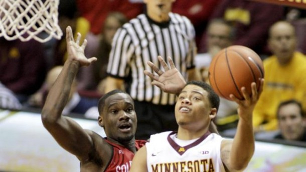 Stunner In The Barn: South Dakota Coyotes Upset Minnesota Golden Gophers