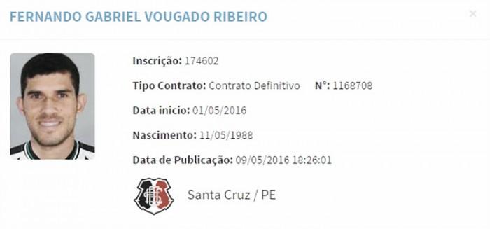 Meia Fernando Gabriel é regularizado e pode estrear pelo Santa Cruz no Brasileiro