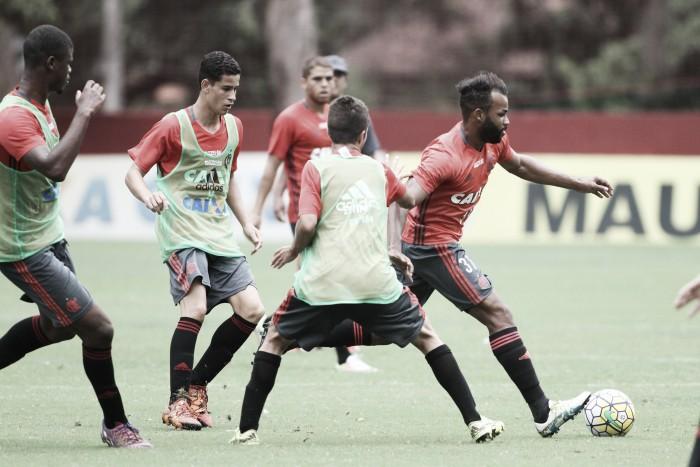 Pressionado Flamengo recebe Sport na estreia do Brasileirão