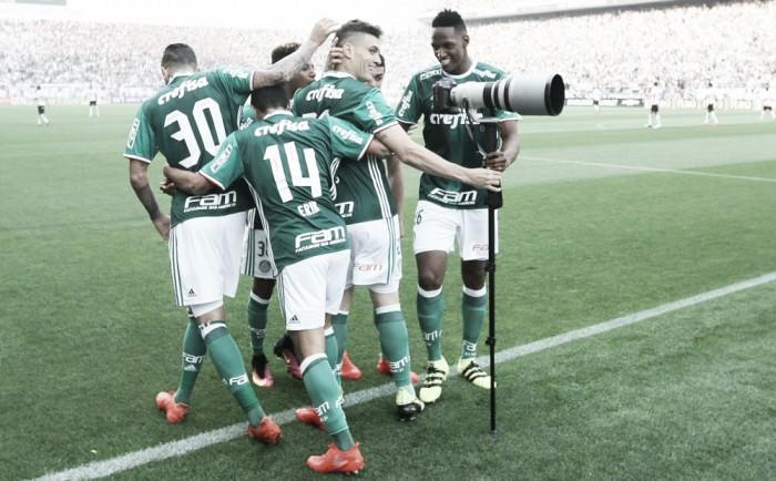 Palmeiras domina e encerra invencibilidade do Corinthians na Arena