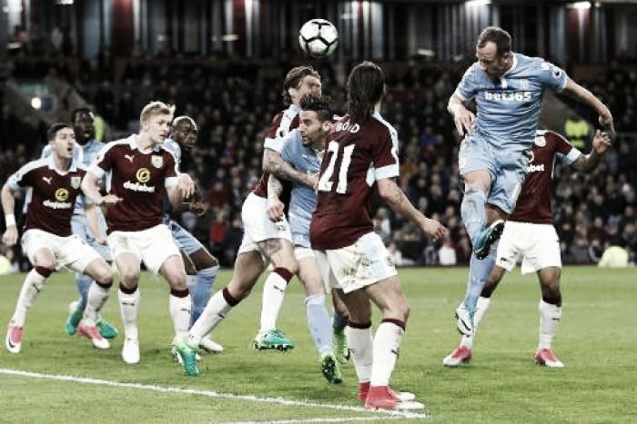 Previa Burnley - Stoke: Un partido para recuperar terreno
