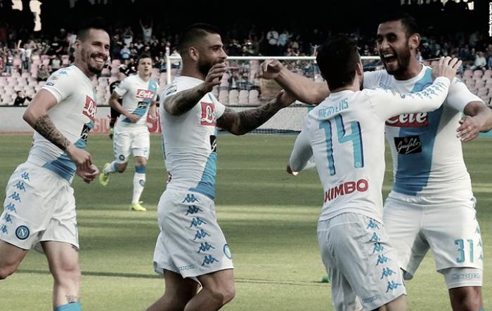 Serie A: doppio Mertens ed Insigne stendono il Cagliari (3-1). Canta Napoli!