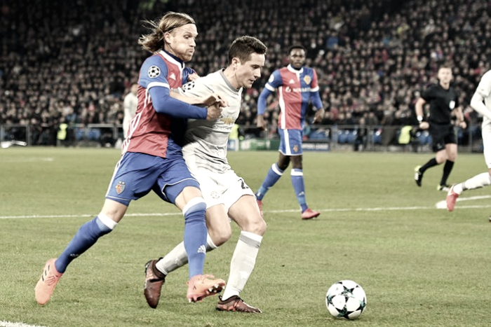El Basilea deja KO al Manchester United en el último minuto