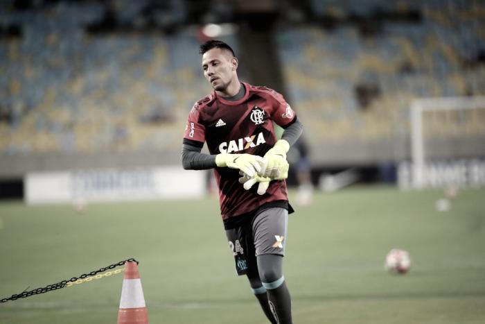 Diego Alves lamenta derrota do Flamengo, mas garante foco na classificação para Libertadores