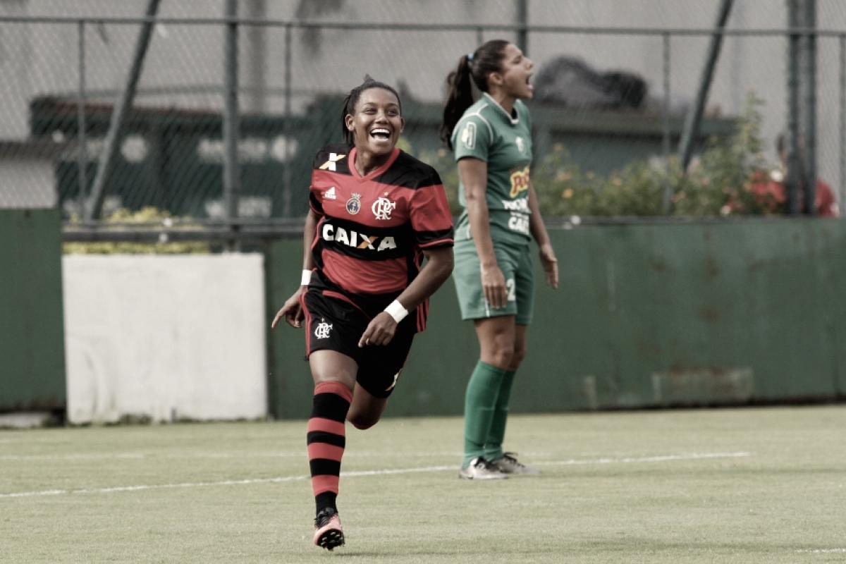 Vadão convoca três jogadoras do Flamengo para semana de treinamento