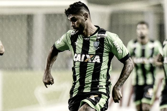 Luan escapa de punição em julgamento no TJD e pode jogar clássico contra Cruzeiro