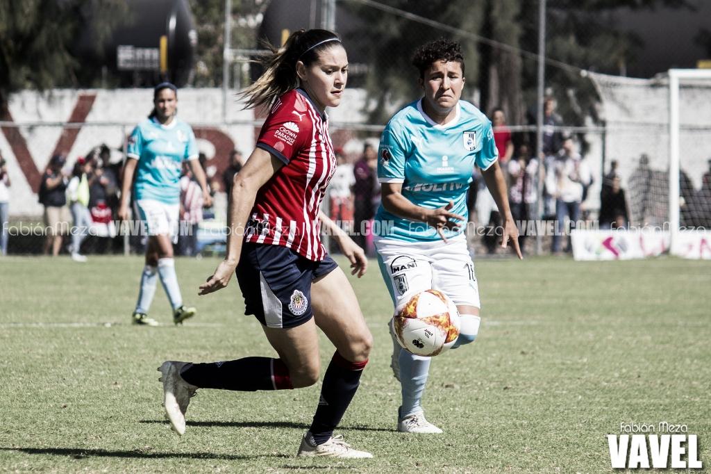 Chivas Femenil rescata empate ante Gallos Blancos