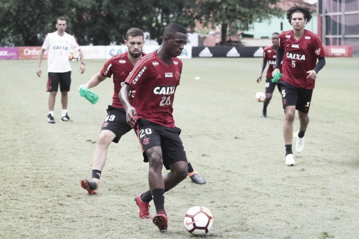 Sob comando de Maurício Barbieri, Flamengo encerra preparação para amistoso com Atlético-GO
