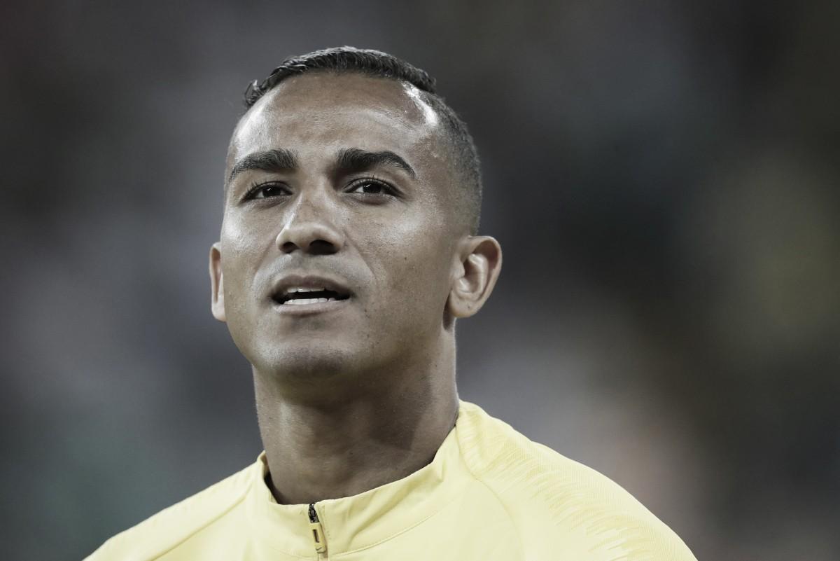 Com lesão no quadril, Danilo vira desfalque para Brasil na partida contra Costa Rica