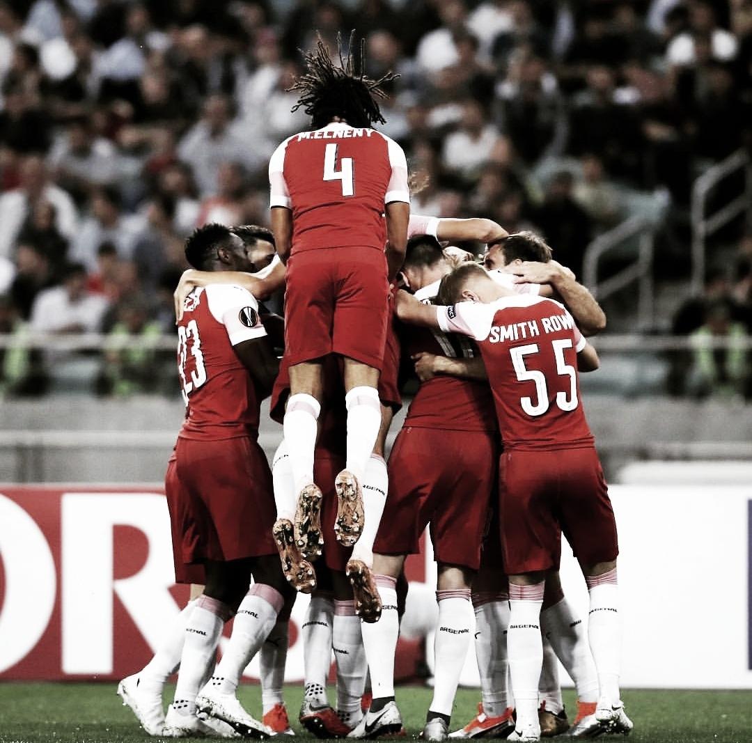 Dando uma aula de contra-ataques, Arsenal bate Qarabag e se mantém 100% no grupo E