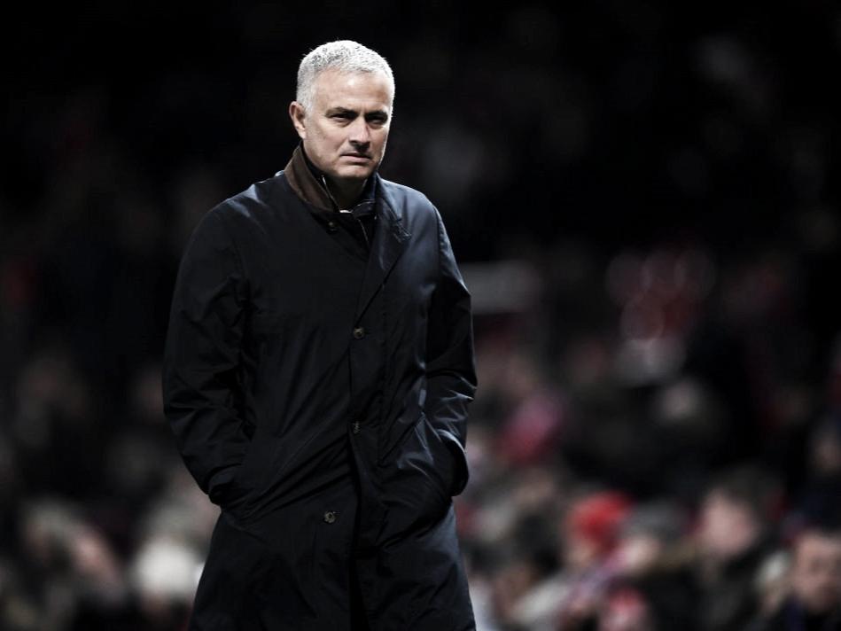 Mourinho vê justiça no empate com Southampton apesar de 'apuros' por improvisações na zaga