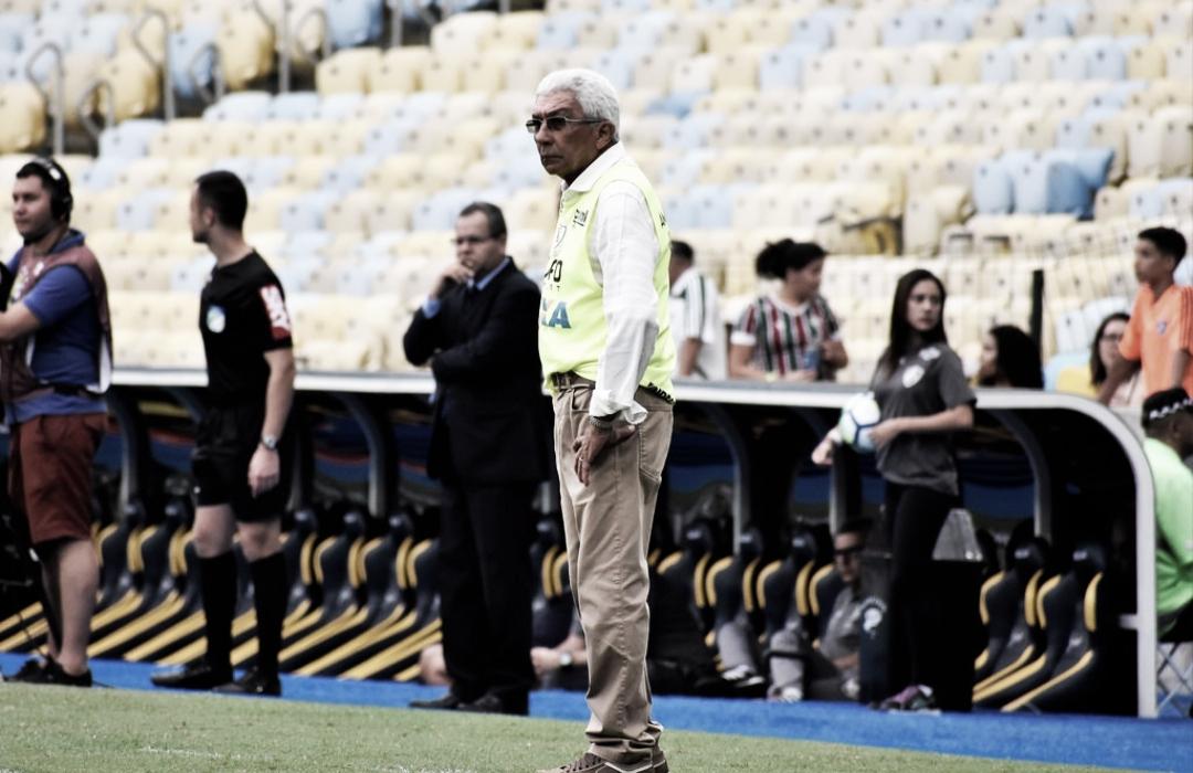 Givanildo lamenta queda e não garante se fica no América-MG em 2019