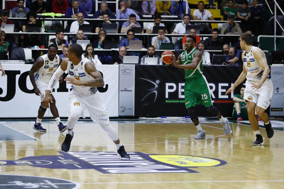 Legabasket: Flaccadori e Gomes sorprendono Avellino, Trento si aggiudica Gara 1