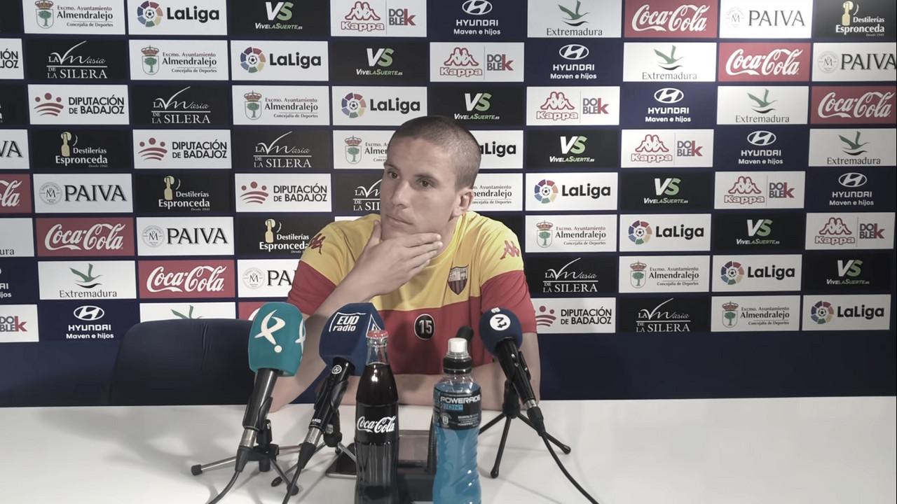 """Lolo González: """"Sólo pensamos en Tarragona y ganarle al Nástic"""""""
