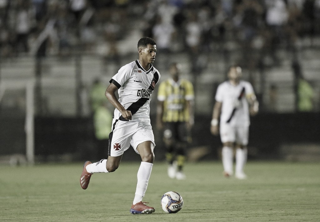 Vasco confirma venda de Marrony ao Atlético-MG