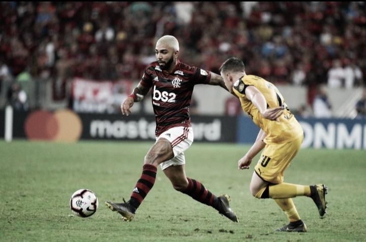 """Após primeira derrota do Flamengo na Libertadores, Renê explica: """"Entramos na pilha deles"""""""