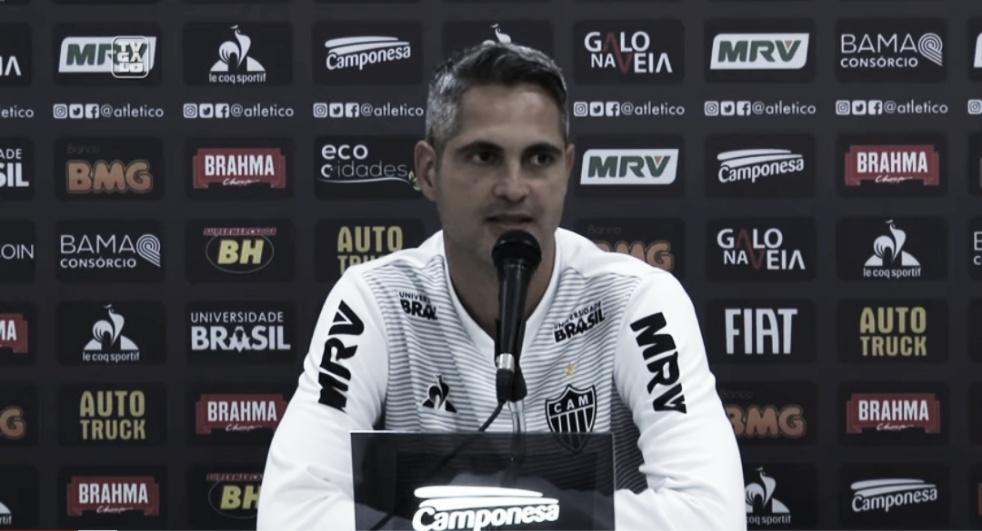 """Rodrigo Santana vibra com vitória do Atlético-MG sobre o Flamengo: """"Raça não faltou"""""""