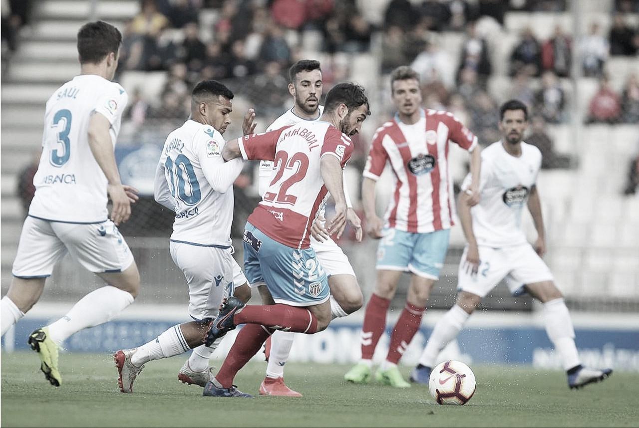 El Deportivo no aparece en el derbi gallego