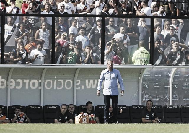 """Luxemburgo elogia jogadores após virada contra o Fluminense: """"Estão de parabéns"""""""