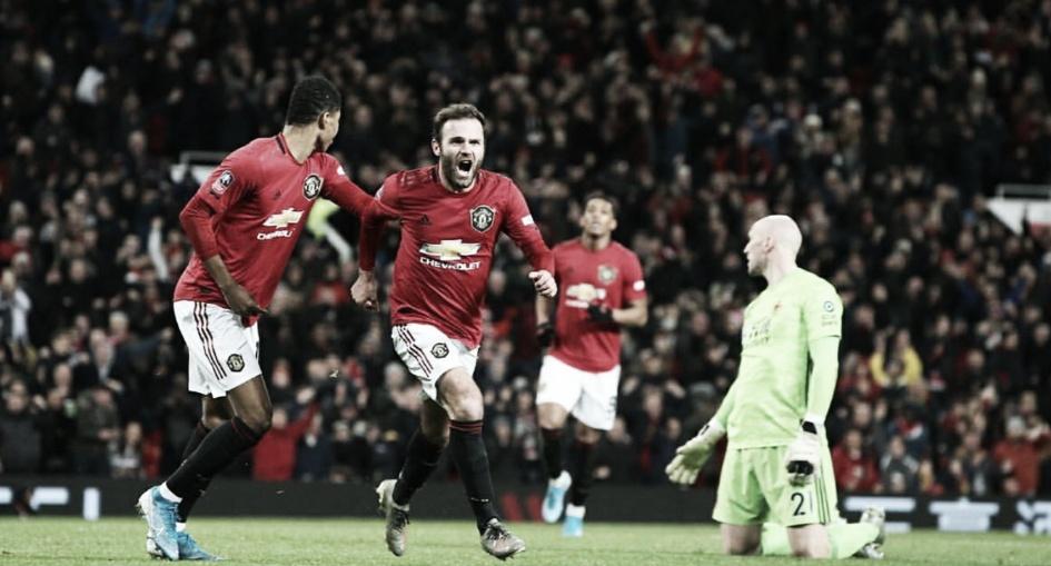 Com gol de Mata, United bate Wolves e avança para quarta fase da FA Cup