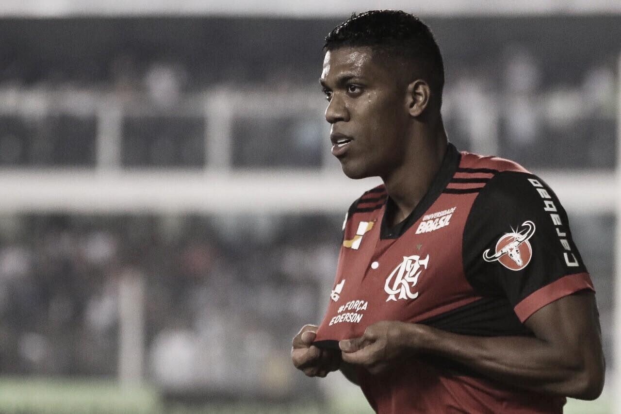 Orlando Berrío está perto de trocar Flamengo por clube dos Emirados Árabes