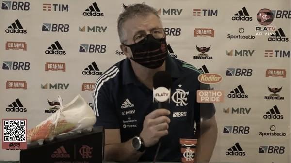 """Após empatar com 19 desfalques, Jordi Guerrero elogia base do Flamengo: """"Muito forte"""""""