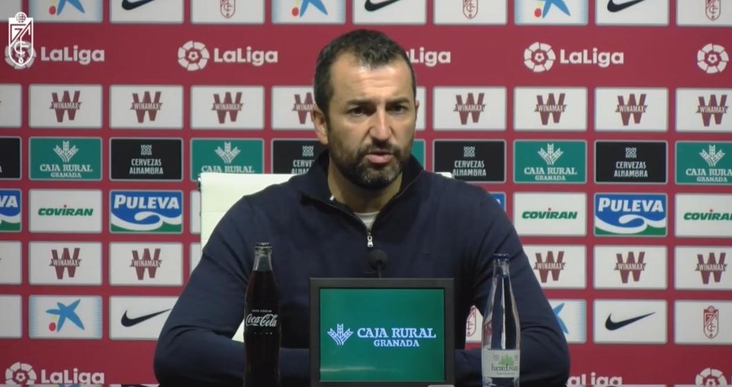 """Diego Martínez: """"Es un gran punto, premio al derroche de energía del equipo"""""""
