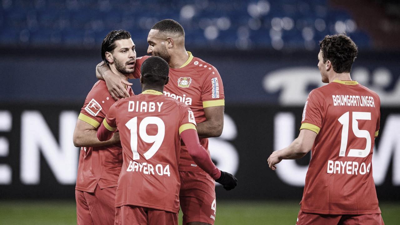Bayer Leverkusen vence Schalke e assume vice-liderança da Bundesliga