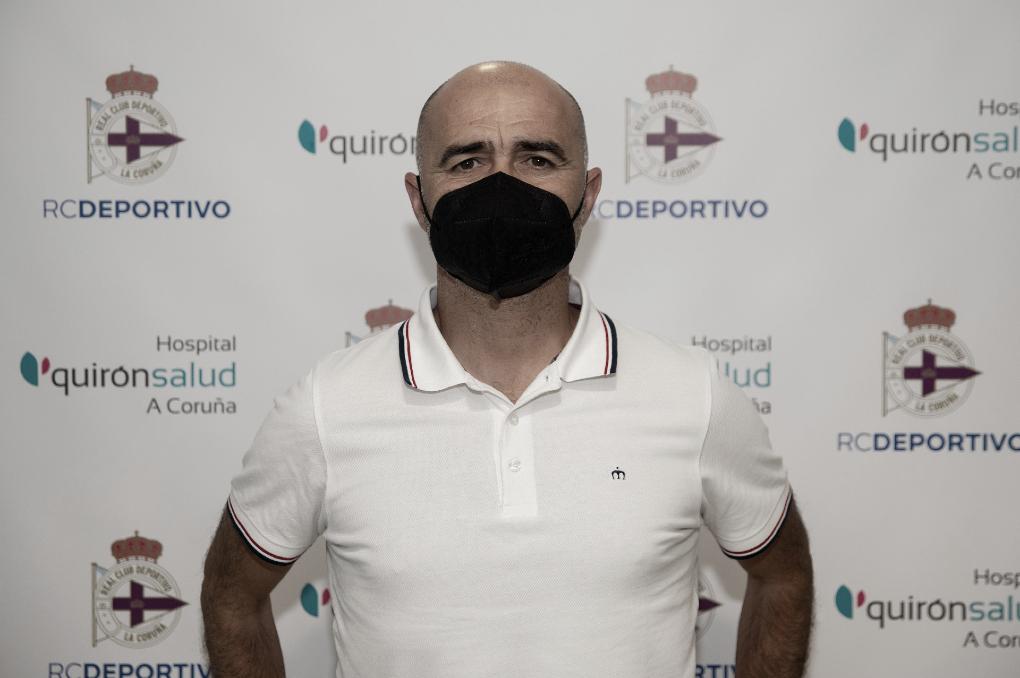 """Óscar Gilsanz: """"El objetivo es acercar a los jugadores al primer equipo"""""""
