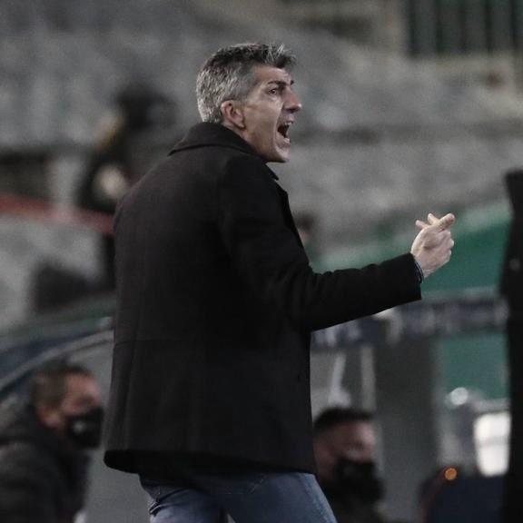 """Imanol Alguacil: """"El fútbol nos debe una este año"""""""