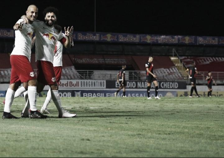 Dominante, Bragantino vence Atlético-GO e mantém sonho por vaga na Libertadores vivo