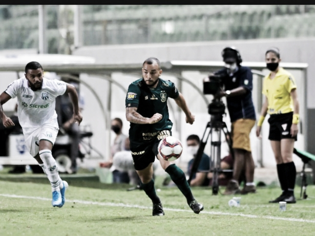Amarildo marca, e Caldense derrota América-MG
