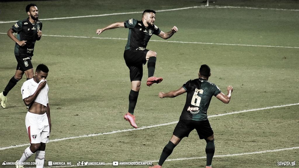Cavichioli brilha nos pênaltis, América-MG elimina Ferroviário-CE e vai para terceira fase da Copa do Brasil