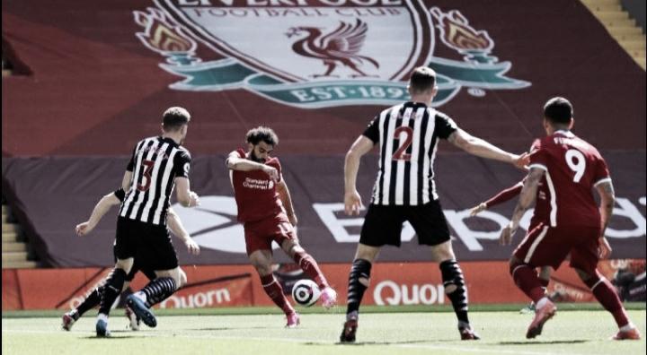 Liverpool pressiona, sai na frente mas cede empate ao Newcastle
