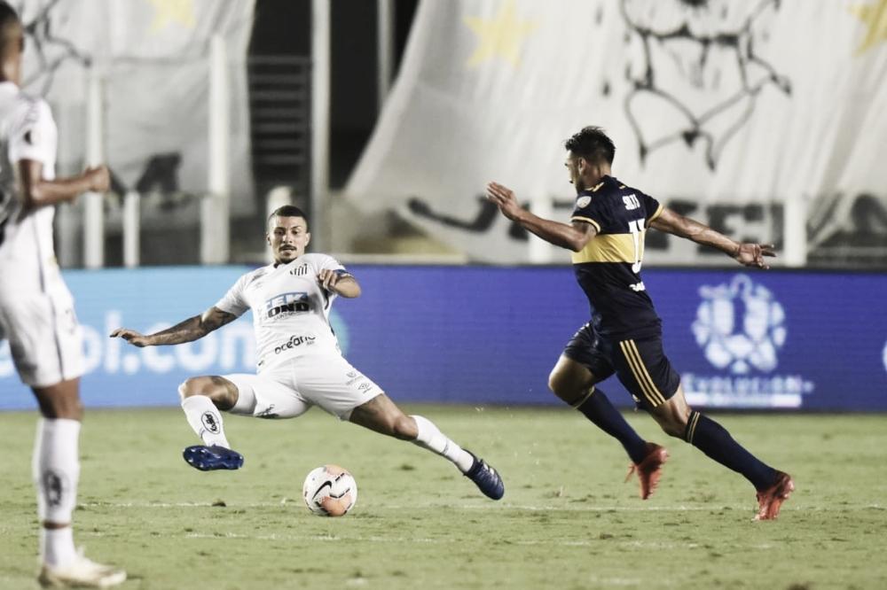 Reeditando semi de 2020, Santos viaja em crise para encarar Boca Juniors pela Libertadores