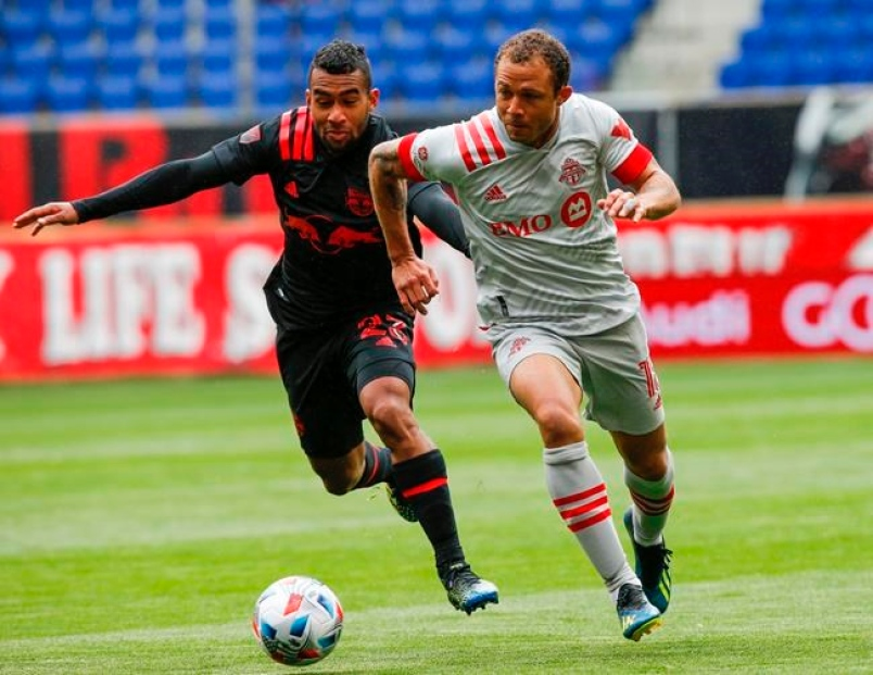 Toronto FC vs New York Red Bulls preview: How to watch, team news, predicted lineups and ones to watch