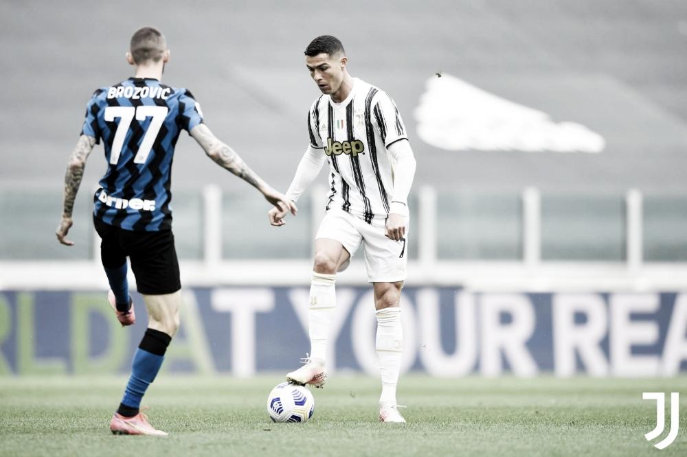 Em jogo maluco e com duas expulsões, Juventus vence Inter e mantém vivo sonho de ir para Champions League