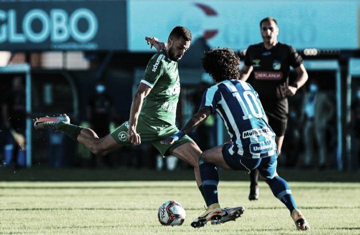 Avaí vence Chapecoense e larga com vantagem na decisão do Catarinense