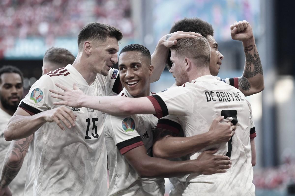 Bélgica remontó y se clasificó a los octavos de final